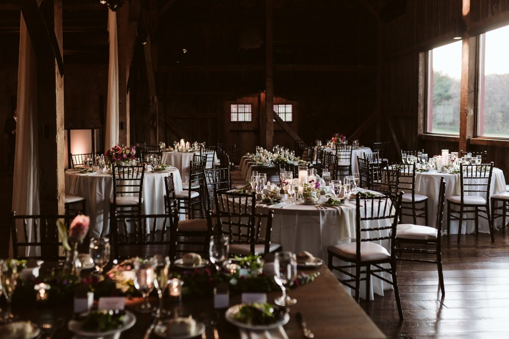 farm at eagle's ridge pennsylvania wedding photographer barn wedding reception