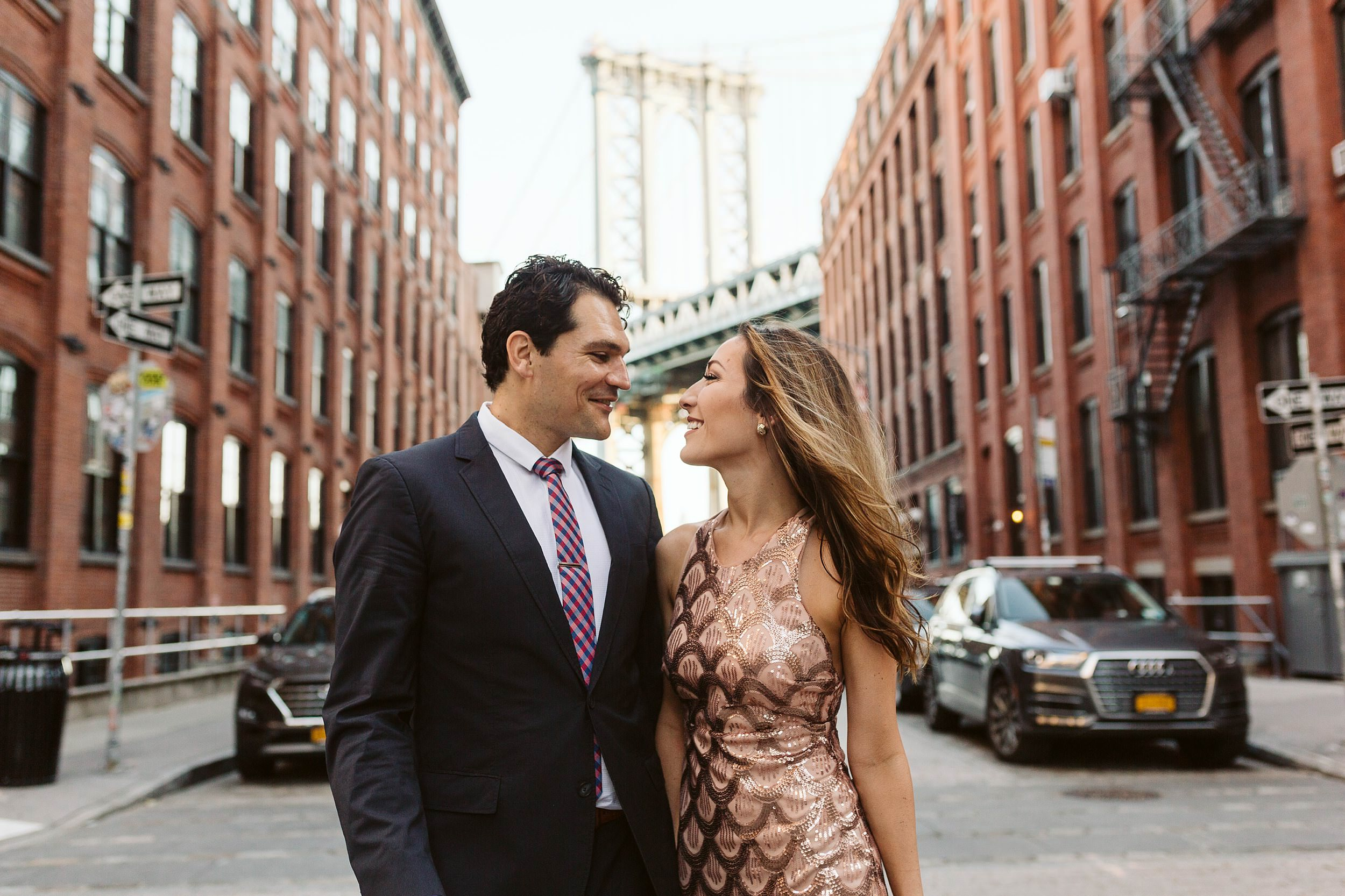 dumbo engagement photographer sarah sayeed sunrise